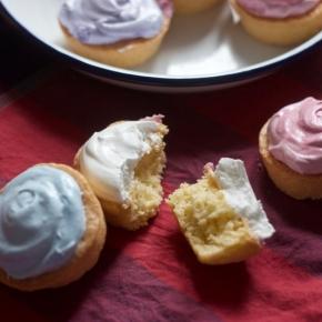Traditional Thai meringue cupcakes khanom muscat (muskot)ขนมมัศกอด