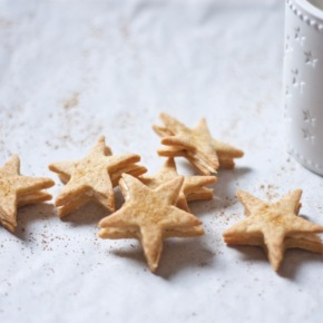 Star-shaped eggnog creams